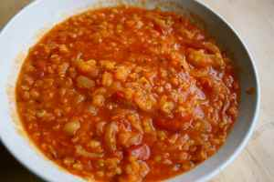 bowl-of-red-lentil-soup