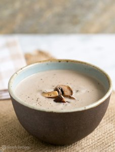 cream-of-mushroom-soup-600-vert